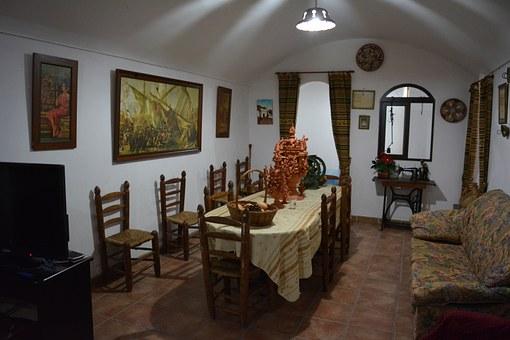 Traditional Spanish Furniture